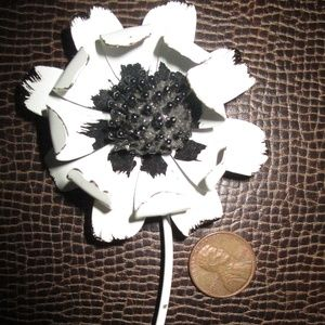 Vtg Metal Poppy Flower Brooch Pin
